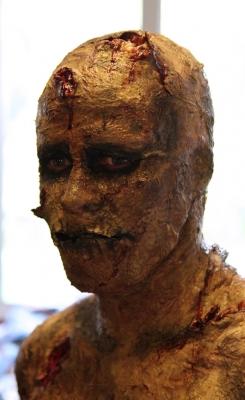 Zombie_09_...